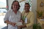 Distribuição de mudas e sementes incentiva plantio urbano no Clim...