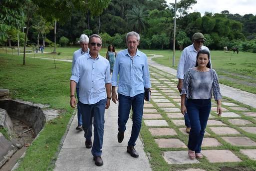 visita ao Parque São Bartolomeu, com a secretária Jusmari Oliveira (Sedur) e representantes da Conder e Inema.